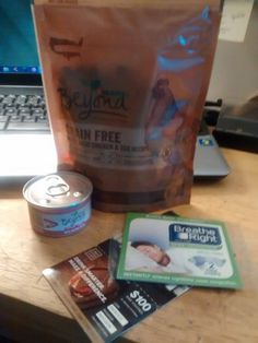 December 2015: #PinchMe #Samples - #Purina Beyond Grain Free Cat Food, #BreatheRight, #NakedWines (Yup, it's my referral code down there...)