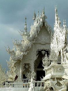 Wat Rong Khun Buddhist Temple in Chiang Rai, Thailand