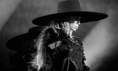 Beyoncé's Formation World Tour Kicks Off in Miami With Jay Z in the Audience | E! Online