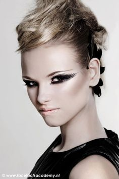 black swan makeup on pinterest black swan lebanese makeup and fantasy makeup. Black Bedroom Furniture Sets. Home Design Ideas