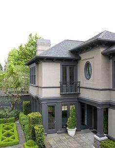 Best Exterior Paint Colors For House Stucco Modern 42 Ideas Exterior Gray Paint, Exterior Paint Colors For House, Paint Colors For Home, Modern Exterior, Exterior Colors, Exterior Design, Grey Paint, Exterior Siding, Paint Colours
