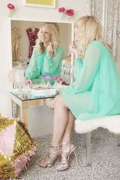 A mint dress is matched perfectly with nude shoes. Moda Outfits, Cute Outfits, Green Outfits, Mint Dress, Floaty Dress, Glitter Girl, After Life, Fashion Beauty, Womens Fashion