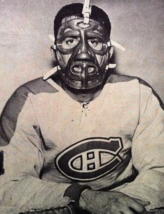 Cesare Maniago, displaying the mask former Ranger goalie Jacques Plante designed… Ice Hockey Teams, Hockey Goalie, Hockey Players, Hockey Pictures, Sports Pictures, Montreal Canadiens, Nhl, Football Memes, Hockey Memes