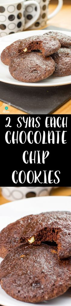Double Choc Chip Cookies - Pinch Of Nom Slimming World Deserts, Slimming World Puddings, Slimming World Recipes Syn Free, Slimming World Diet, Slimming World Biscuits, Slimming World Cookies, Weetabix Cake Slimming World, Healthy Baking, Healthy Snacks