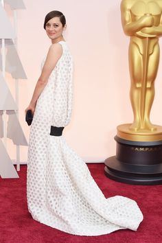 Marion Cotillard in Dior on the Oscars 2015 red carpet