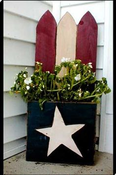 Flag Planter ~ Free Wood Crafts - Americana