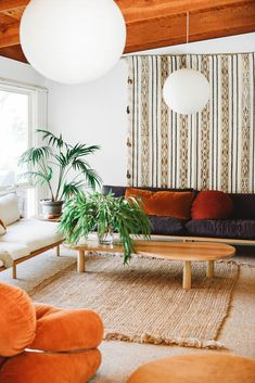 Have you been swept up in the latest interior design revival? Decor, Interior Trend, Living Room, Home, Cheap Home Decor, Interior, Luxury Homes Interior, Home Decor, Room