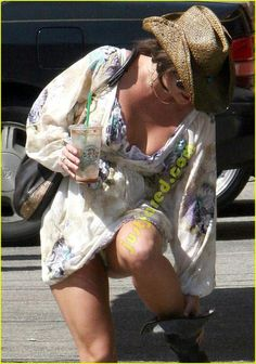 Sorry, britney spears upskirt london accept