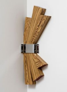 Richard Artschwager, Corner, From the Indianapolis Museum of Art: The unusual location for Richard Artschwager's sculpture Corner can serve to take the viewer by surprise. Cool Woodworking Projects, Diy Woodworking, Wood Projects, Abstract Sculpture, Wood Sculpture, Richard Artschwager, Wood Carving Art, Art Carved, Wooden Wall Art