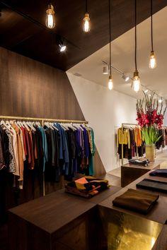 Garde robe Nationale boutique by Dieter Vander Velpen, Antwerp store design