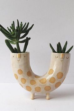 Face planter by Atelier Stella