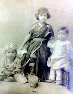 - Rajkumari Gayatri Devi of Cooch Behar with two of her unidentified Baroda cousins. Ca. around 1927-29 ./tcc/