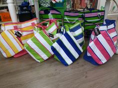 beach totes and matching ditty bags