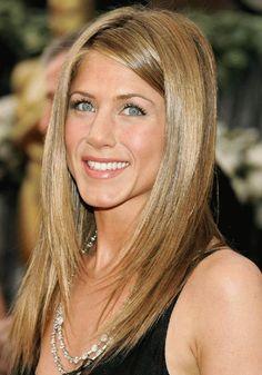 Jennifer Aniston Best blond hair colors from iconjane.com