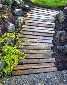 DIY: Garden pallets walkway in pallet garden with Pallets Garden DIY Pallet Ideas