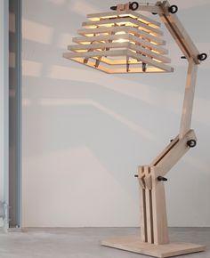 Laser-cut table lamp