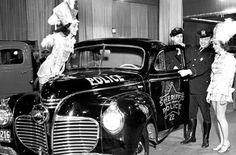 STRANGE OLDE POLICE VEHICLES - 1930'S COOK COUNTY SHERIFF / POLICE SEDAN