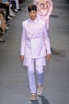 Simone Nobili runway @ Givenchy Spring/Summer 2013 - Paris Fashion Week (June 29, 2012 18:00)