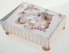 Image detail for -Shabby Chic Altered Cigar Box Shabby Chic Crafts, Shabby Chic Homes, Shabby Chic Decor, Cigar Box Projects, Cigar Box Crafts, Cigar Box Art, Altered Cigar Boxes, Floral Shoulder Bags, Origami