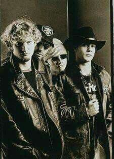 Alice in Chains!!!