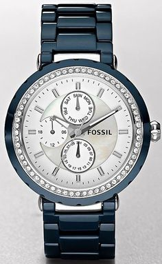 Since its establishment in 1984, Fossil has created watches for men and women that withstand the test of time. Fossil watches range from rugged, to professional, to