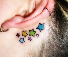 Simple tattoo.. that color tho<3