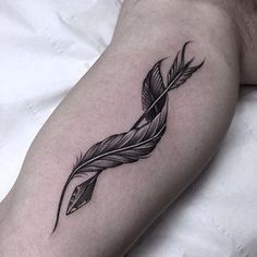 arrow and twisted feather tattoo                                                                                                                                                      Más