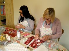 Student's creating super cute sugarcraft bunnies and chicks at a class Lorraine's Cakes and Bakes Cake Decorating Courses, Co Uk, Bunnies, Cakes, Baking, Cake Makers, Kuchen, Bakken, Cake