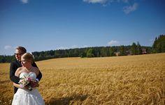 Dokumentaarinen hääkuvaus Tampere Helsinki, Suomi Documentary wedding photography the world Hääpotretit Wedding portraits www.teemuhoyto.com