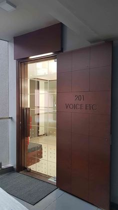New Office Entrance Door Design Foyers 26 Ideas Office Cabin Design, Small Office Design, Corporate Office Design, Office Interior Design, Luxury Interior Design, Office Interiors, Interior Architecture, Interior Modern, Modern Luxury