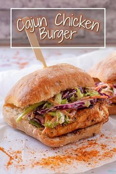 Cajun Chicken Burger If you are looking for a lean burger this BBQ season, then chicken burgers are the way to go! Don't stick with a plain chicken burger when you can have this Cajun Chicken Burger. It's smoky, zesty and has a little bit of a kick to it. Cajun Chicken Burger, Chicken Burgers Healthy, Cajun Burger Recipe, Chicken Burger Recipes, Grilled Chicken Sandwiches, Chicken Sandwich Recipes, Comida Diy, Ideas Sándwich, Gastronomia