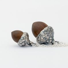 Acorn necklace - mini or medium #acorn #acorn-charm #acorn-necklace