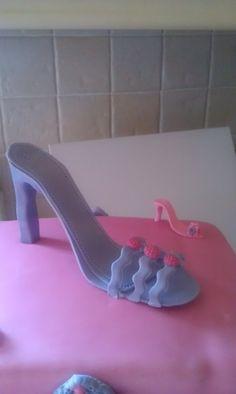 Shoe box cake, with a large sugar paste shoe.