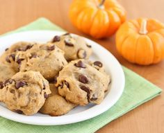 Sticking with the classics, I recently made one of our favorite pumpkin recipes: soft pumpkin chocolate chip cookies. These cookies are soft and cakey with a hint of cinnamon. It's like combining pumpkin bread with Soft Pumpkin Cookies, Pumpkin Chocolate Chip Cookies, Pumpkin Bread, Pumpkin Pumpkin, Canned Pumpkin, Pumpkin Puree, Pumpkin Recipes, Cookie Recipes, Keto Recipes