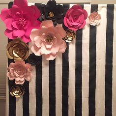 Kate Spade Inspired Theme Paper Flowers and backdrop-Set of 10 Kate Spade Party, Kate Spade Bridal, Bridal Shower Decorations, Birthday Party Decorations, Birthday Parties, Giant Flowers, Paper Flowers, Decoration Chic, Different Shades Of Pink