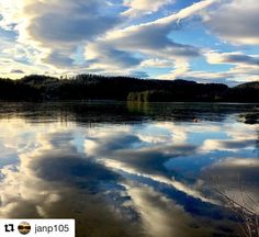 God morgen alle sammen. #reiseblogger #reisetips #reiseliv  #Repost @janp105 with @repostapp  Speilblank is på Heivannet #siljan #grenland #telemark #visittelemark #nrktelemark #mittgrenland #bns_world #bns_landscape #reiseradet #norway2day #photo_smiles_world #thebestofscandinavia #iamnordic #vghelg #what_click #whywelovenature #norway_photolovers #natureloversgallery #exclusive_norway #godmorgennorge
