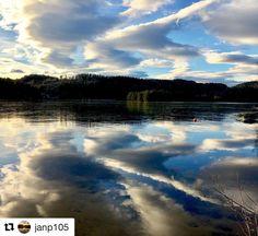 God morgen alle sammen. #reiseblogger #reisetips #reiseliv  #Repost @janp105 with @repostapp  Speilblank is på Heivannet #siljan #grenland #telemark #visittelemark #nrktelemark #mittgrenland #bns_world #bns_landscape #reiseradet #norway2day #photo_smiles_world #thebestofscandinavia #iamnordic #vghelg #what_click #whywelovenature #norway_photolovers #natureloversgallery #exclusive_norway #godmorgennorge