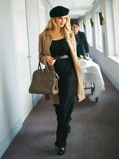camel + black + beret + great handbag. Chic