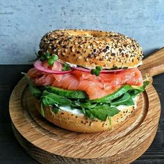 """- """"Nothing says good morning like a bagel with all the trimmings! """"Nothing says good morning like a bagel with all the trimmings! Smoked Salmon Bagel, Salmon Avocado, Good Food, Yummy Food, Cooking Recipes, Healthy Recipes, Cafe Food, Aesthetic Food, Food Inspiration"""
