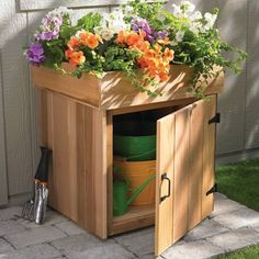 my hubby-pants is a planter box builder expert:) maybe next year! :) How to build a planter storage box in 10 stepssince my hubby-pants is a planter box builder expert:) maybe next year! :) How to build a planter storage box in 10 steps Hose Storage, Diy Storage, Outdoor Storage, Storage Ideas, Storage Solutions, Storage Hacks, Organization Hacks, Porch Storage, Small Storage