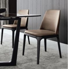 Concorde dining table Grace dining chairs by Poliform