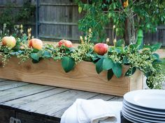 Thanksgiving Centerpiece Ideas: Fall Harvest Centerpiece >> http://www.hgtvgardens.com/thanksgiving/thanksgiving-centerpiece-ideas?soc=pinterest