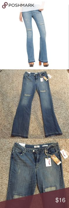 Jessica Simpson Uptown Slim Flare-Leg Jeans NWT Jessica Simpson Jeans Size 32, these would fit a 13/14. Cute and super comfortable deconstructed flare jeans that help with tummy control. Jessica Simpson Pants Boot Cut & Flare