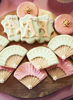 pretty cookies for a Marie Antoinette party
