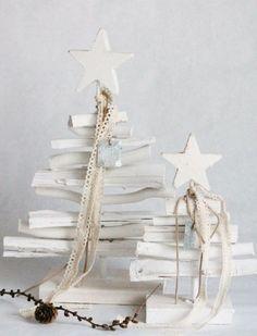 Modelli in legno bianco