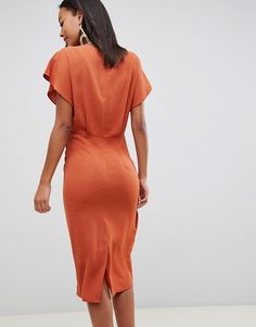 Find the best selection of ASOS DESIGN Tall twist midi dress with kimono sleeve. Shop today with free delivery and returns (Ts&Cs apply) with ASOS! Asos, Kimono, Robes Midi, Discount Shopping, Mi Long, Sleeve Styles, Fitness Models, Maternity, Short Sleeves