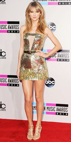 Look of the Day photo: Taylor Swift in Julien MacDonald micro dress.