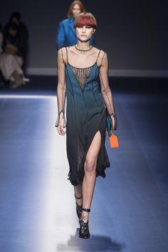 Versace | Ready-to-Wear - Autumn 2017 | Look 8