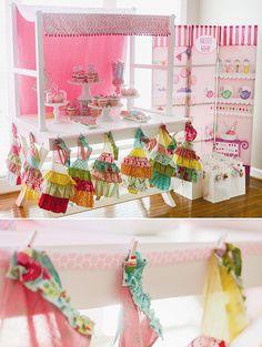Festa di compleanno CUPCAKE Party rosa e di LibbyLanePress su Etsy, $45.00