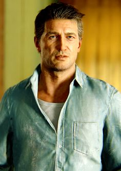 Nathan Drake , OMG he grew up so much in the end Uncharted Series, Third Person Shooter, Playstation Consoles, Nathan Drake, Dog Games, Game Calls, Skyrim, Best Games, Video Games